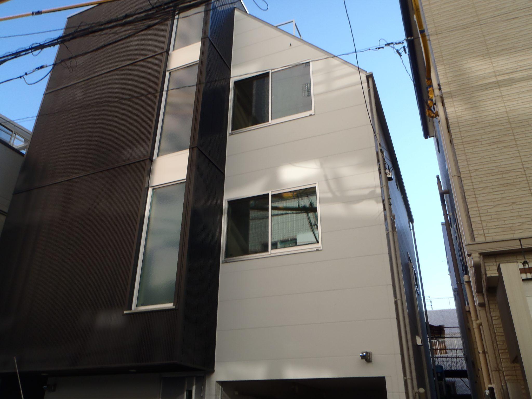 新宿区 3階建て新築 外観
